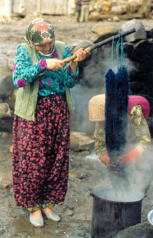 Traditional Natural Dyes